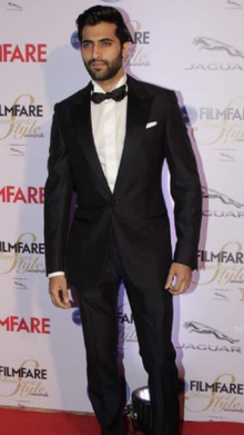 About Akshay Oberoi Actor Biography Detail Info