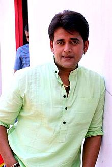 About Ravi Kishan Actor Biography Detail Info
