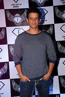 About Sharman Joshi Actor Biography Detail Info