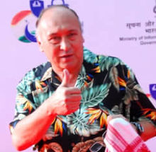 About Victor Banerjee Actor Biography Detail Info