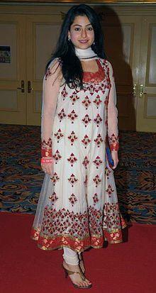 About Benaf Dadachandji Actress Biography Detail Info