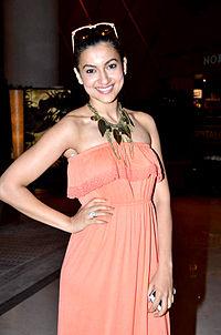 About Gauhar Khan Actress Biography Detail Info