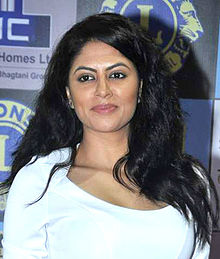About Kavita Kaushik Actress Biography Detail Info