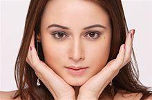 About Linda Arsenio Actress Biography Detail Info