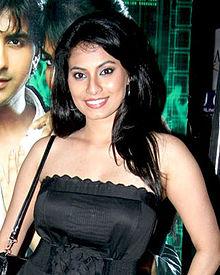 About Manisha Kelkar Actress Biography Detail Info