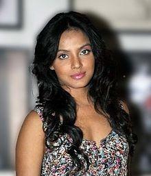 About Neetu Chandra Actress Biography Detail Info