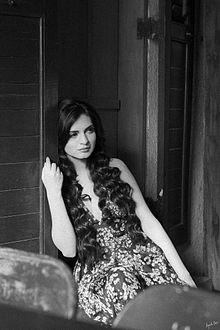 About Niharika Singh Actress Biography Detail Info