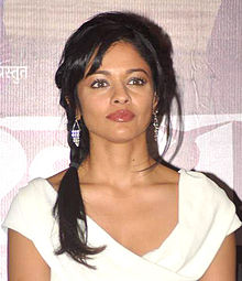 About Pooja Kumar Actress Biography Detail Info
