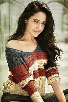 About Pragya Jaiswal Actress Biography Detail Info