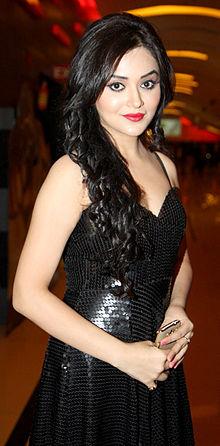 About Ragini Nandwani Actress Biography Detail Info