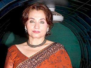 Bollywood Actress Salma Agha Biography