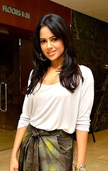 About Sameera Reddy Actress Biography Detail Info