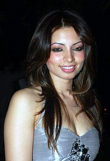 About Shama Sikander Actress Biography Detail Info