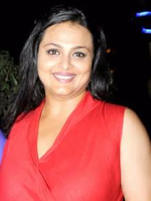 About Shilpa Shirodkar Actress Biography Detail Info