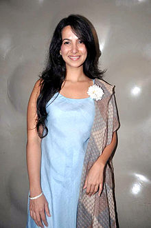 About Shraddha Nigam Actress Biography Detail Info