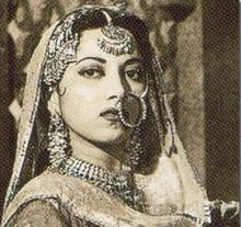 About Suraiya Actress Biography Detail Info