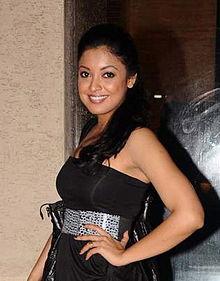 About Tanushree Dutta Actress Biography Detail Info