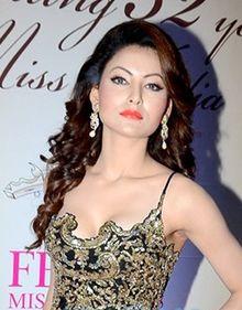 Bollywood Actress Urvashi Rautela Biography