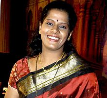 About Vibhavari Deshpande Actress Biography Detail Info