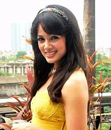 About Vidya Malvade Actress Biography Detail Info