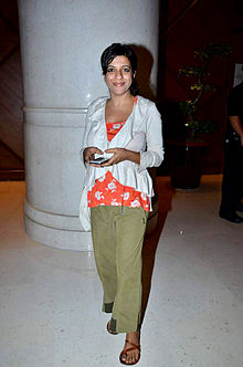 About Zoya Akhtar Actress Biography Detail Info